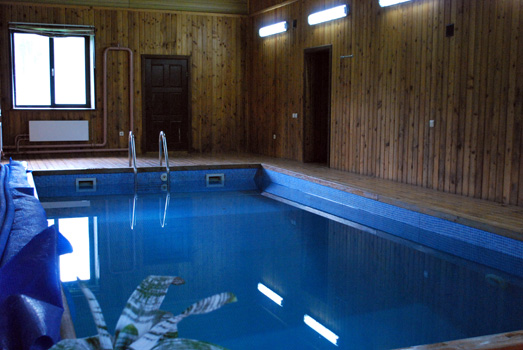 inner_pool3.jpg