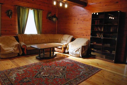 livingroom-VIP2.jpg